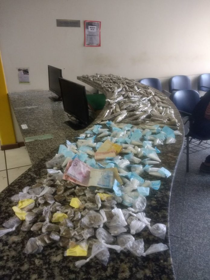 Material foi apreendido em Cabo Frio neste domingo