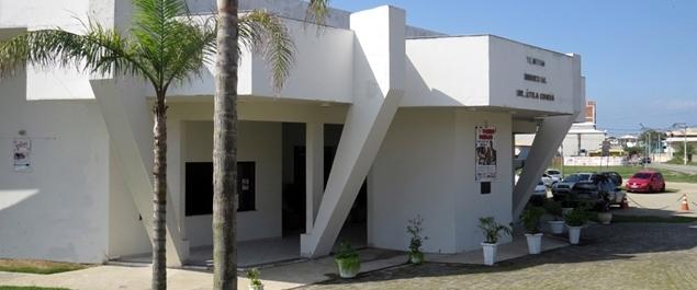 """Tenor Alex Donati apresenta o espetáculo """"Noite de Luz"""" no Teatro Municipal de São Pedro. Foto: Reprodução/ Internet"""