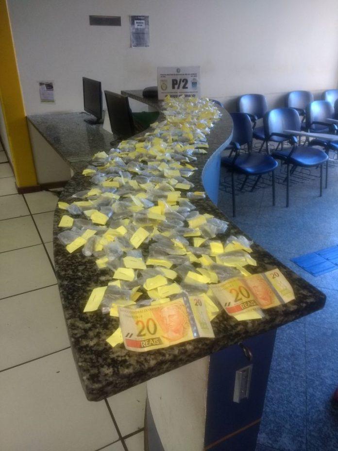 Menor é apreendido com maconha, cocaína e crack em Cabo Frio