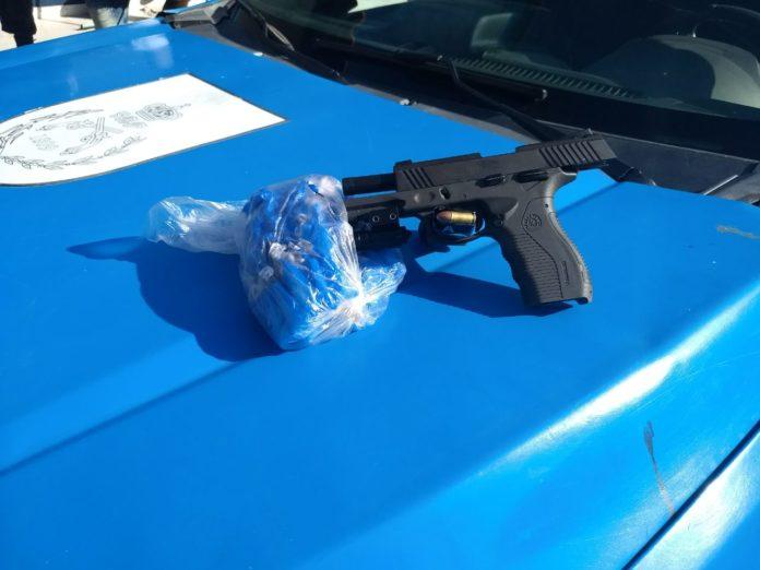Com o menor foi encontrada uma pistola