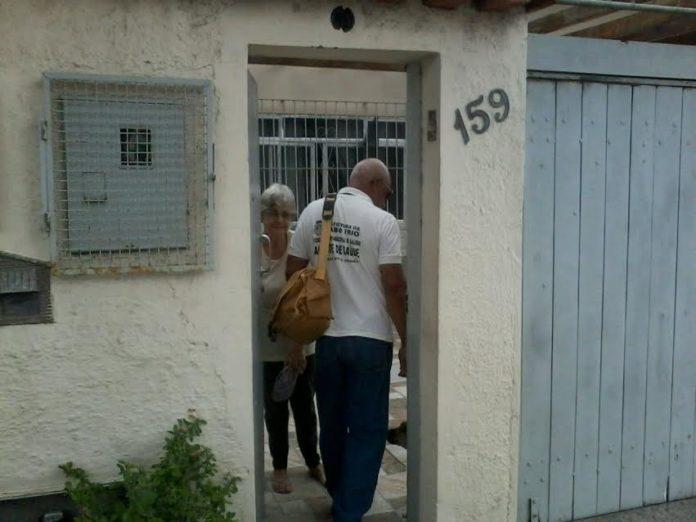 Agentes visitarão residências durante as ações de prevenção.