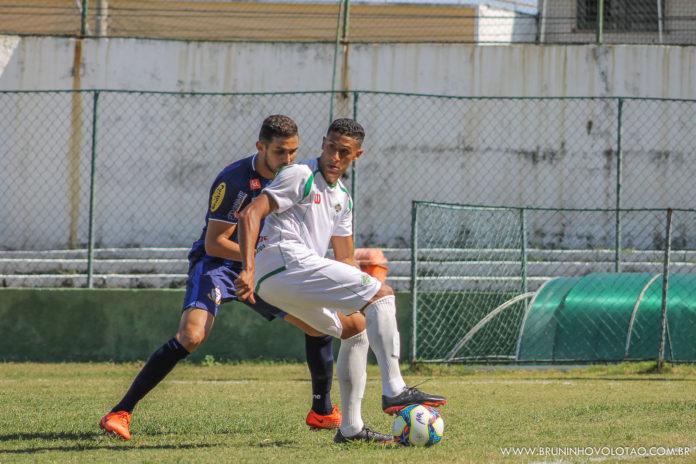 Tricolor Praiano precisa vencer o time cruzmaltino para manter esperanças de classificação para próxima fase.