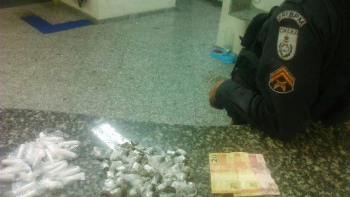Menor é apreendido e dois homens são presos por suspeita de tráfico em Búzios
