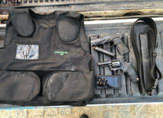 Armas foram apreendidas durante a operação