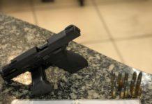 Jovem é preso com arma e munições durante ação no Jacaré, em Cabo Frio