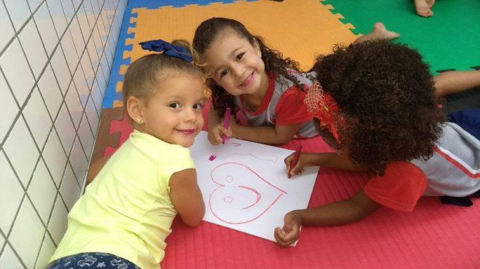 Inscrições para sorteio público de vagas em creches de Arraial iniciam nesta segunda