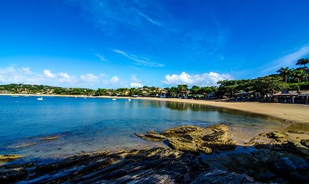 Praias possuem águas calmas e frias, o que proporciona locais perfeitos para a prática do mergulho