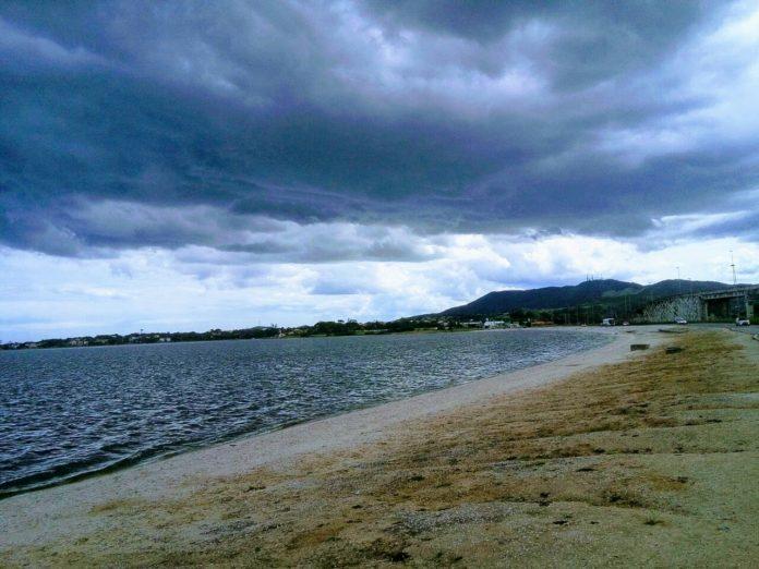 Frente fria deixa temperaturas mais baixas na Região dos Lagos. Foto: Fonte Certa