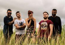 Após elogio de Katy Perry, banda cabo-friense faz campanha para conhecer a cantora