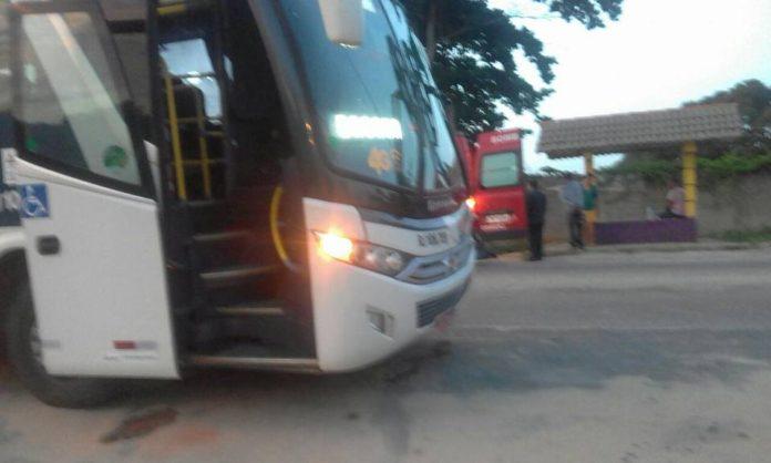 Homem é morto ao tentar assaltar ônibus em Araruama