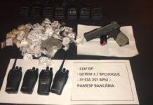 Arma, drogas e rádios comunicadores são apreendidos após trocas de tiros em Araruama