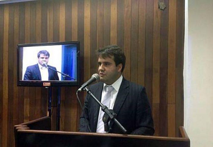 Câmara de Vereadores é notificada e Aquiles Barreto assume prefeitura de Cabo Frio
