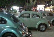 Encontro de veículos antigos contou com cerca de 25 veículos na primeira edição, segundo a Prefeitura.