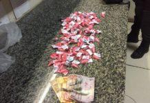 Jovem é preso com mais de 100 cápsulas de cocaína em São Pedro
