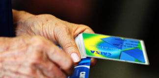 Prazo para sacar 1º lote do PIS-Pasep termina nesta sexta