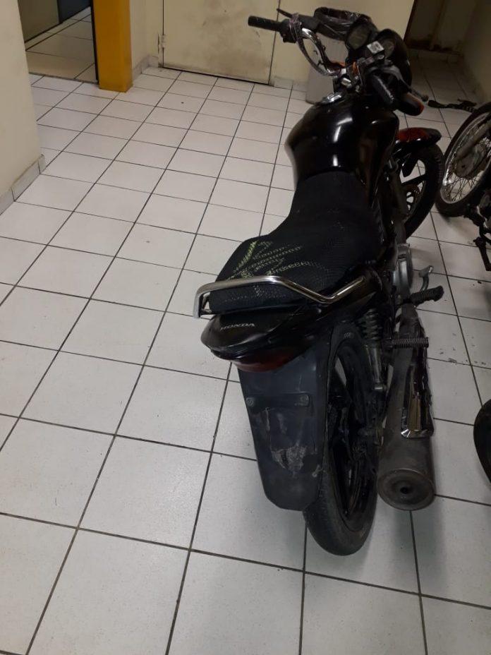 Segundo PM, veículo constava como roubado desde o dia 29 de novembro. Foto: PM/Divulgação