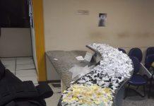 Ação aconteceu na madrugada desta sexta-feira (25); dois jovens foram presos. Foto: PM/Divulgação