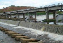 Barragem no rio São João é responsável pelo abastecimento de água para a Região dos Lagos. Foto: Internet/Reprodução