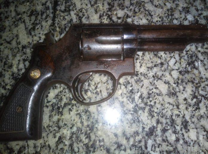 Um homem armado fez ameaças e outro chegou armado na discussão. Foto: PM/Divulgação