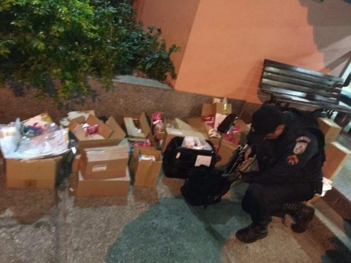 Segundo a PM, os suspeitos realizaram roubo em um sítio, levando diversos materiais. Foto: PM/Divulação