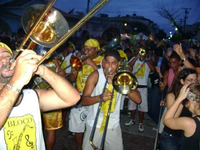 O Parókia, o bloco mais tradicional de Cabo Frio, realiza no próximo dia 14 de julho a terceira feijoada da história do bloco.