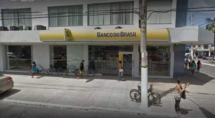 A polícia foi chamada ao Banco do Brasil nessa terça-feira (11) em São Cristóvão, Cabo Frio, após um homem tentar sacar dinheiro na agência