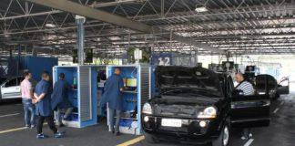 Os agendamentos de licenciamento anual para veículos, sem e com vistoria, estão abertos para os finais de placa de 0 a 4