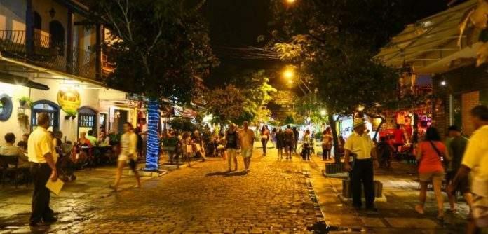 A Prefeitura de Búzios trabalha o calendário de eventos da cidade para diminuir a sazonalidade e produzir efeitos positivos na economia local.