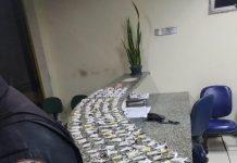 Dois homens foram presos e um menor foi apreendido por tráfico de drogas e associação para o tráfico, no Balneário nessa segunda-feira (08), em São Pedro da Aldeia