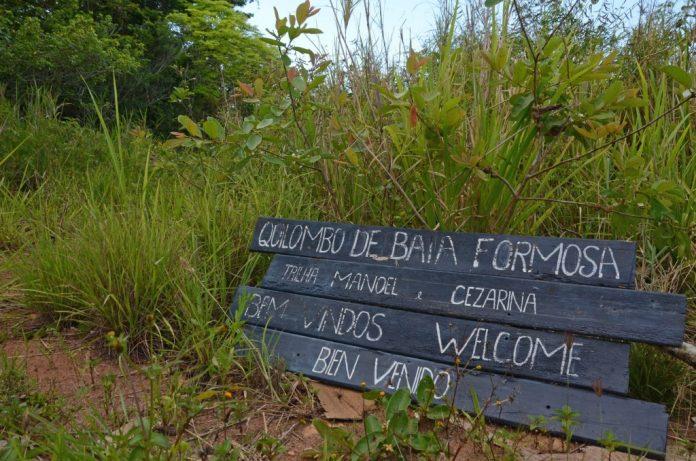 Nesta quinta-feira (25), famílias da Associação de Remanescentes do Quilombo de Baía Formosa, em Búzios, assinam a posse definitiva e legítima de suas terras ancestrais.