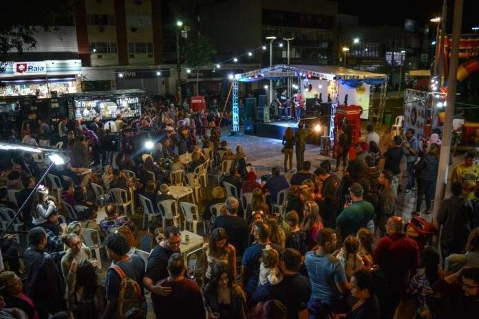 Entre as atrações já confirmadas, show da banda Caravellas e de Vini Azevedo e Banda, além do DJ Dentinho